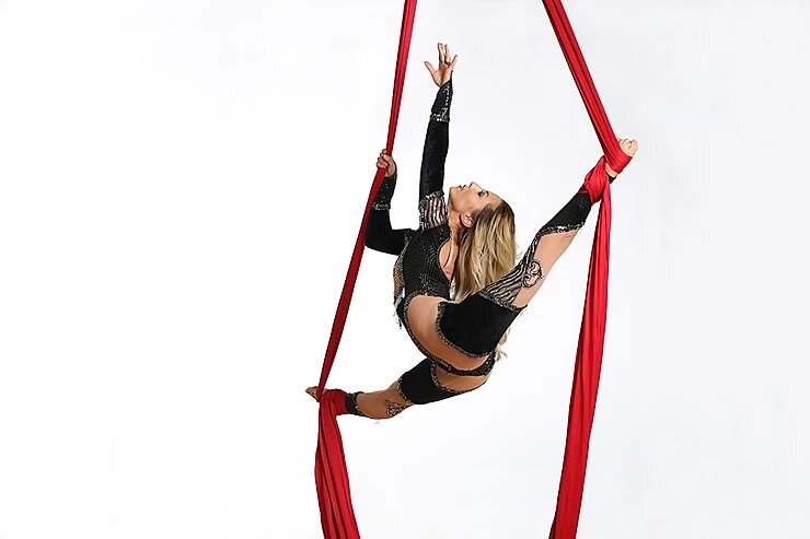 Acrobatic Show - aerial performer