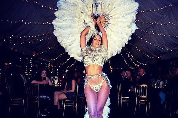 Burlesque Acts